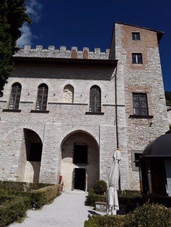 Gubbio, Italy: Palace