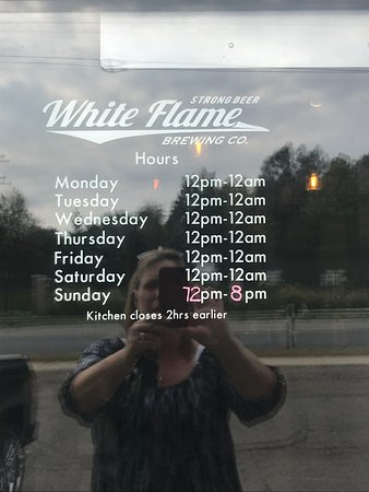 Hudsonville, MI : Hours are wrong on page. They are open at Noon. Had lunch there twice.