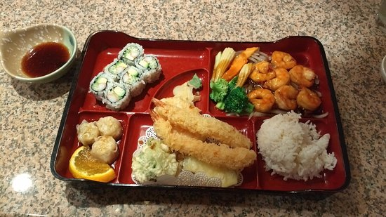 Shavertown, PA: Shrimp Bento Box Dinner