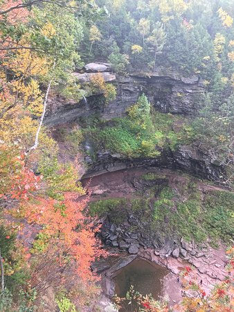 Haines Falls, نيويورك: Kaaterskill Falls and Inspiration Point views