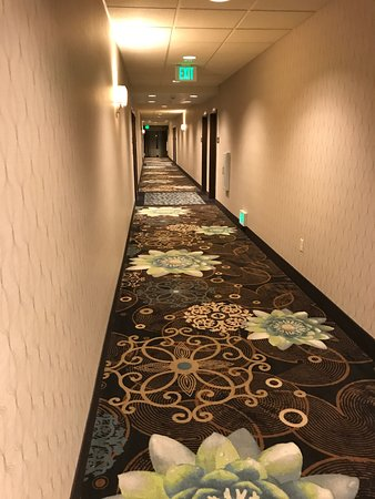 Хиллсборо, Орегон: Room hall