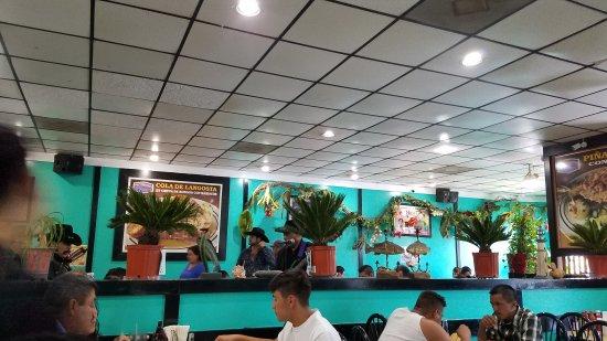 Doraville, GA: Mariscos El Veneno