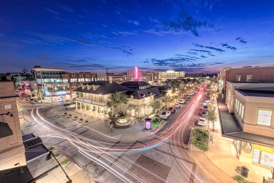 The Woodlands, TX: Have a shopping experience like no other at Market Street