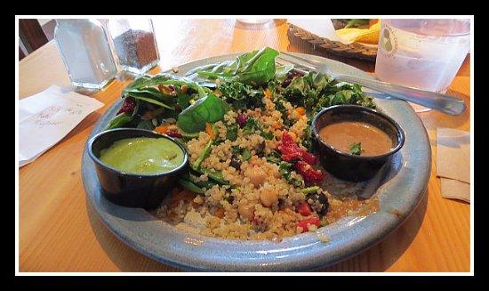 ซิสเตอร์ส, ออริกอน: My vegie 3-choice salad. A spinach, couscous and something else with homemade dressings, if I re