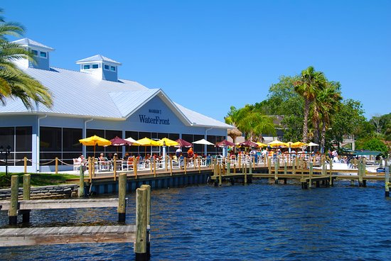 Seagrass Pub and Grill: On The Homosassa River