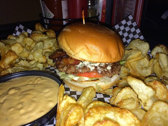 Grand Forks, Dakota del Nord: Burger at JL's