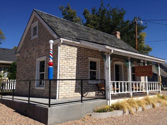 St. George, UT: Barber shop