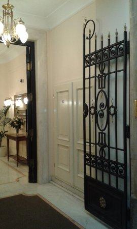 Hotel Liberty Photo