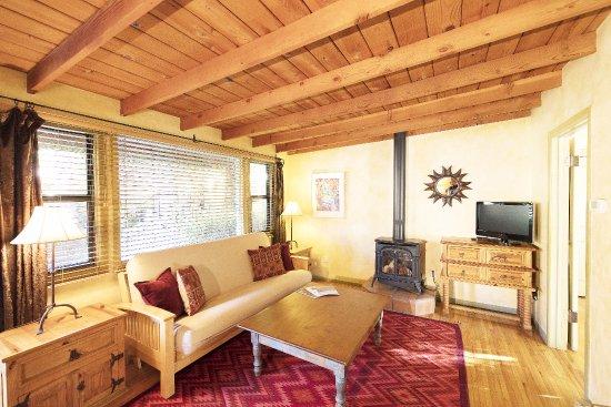 Ojai, CA: Suite #4 Living Room