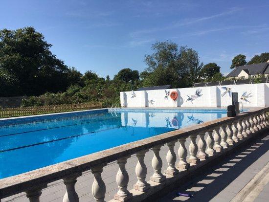 Moretonhampstead Community Swimming Pool