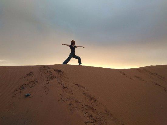 Loud Sahara Day Tours: Amanecer Desierto Erg Chegaga