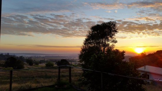 Kingaroy, Australia: The sunrise each morning -
