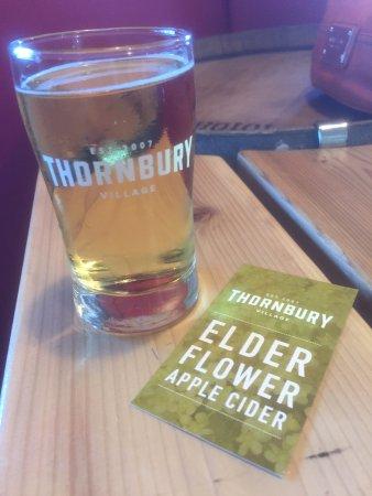 Thornbury, Kanada: elder flower - my favour of four