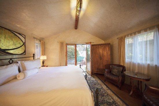 Ojai, Калифорния: Gecko Cottage Bedroom