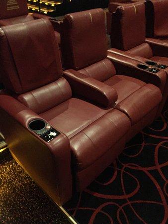 Burlington, MA: Seats