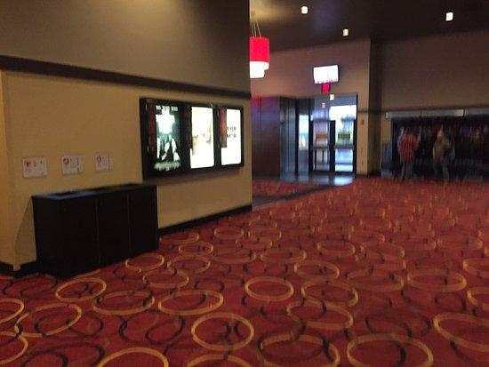 Burlington, MA: foyer
