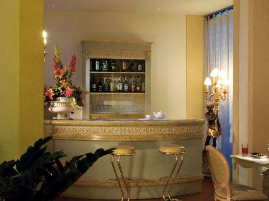 Hotel Atlantic Palace: Bar