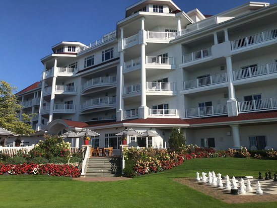 Inn At Bay Harbor Autograph Collection Hotels Petoskey Michigan