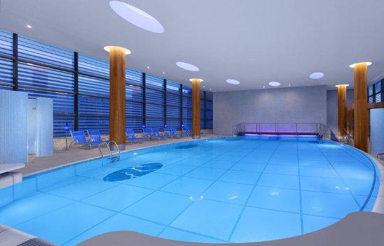 Sheraton grand hotel spa edinburgh reviews photos price comparison tripadvisor for Hotels with swimming pools in scotland