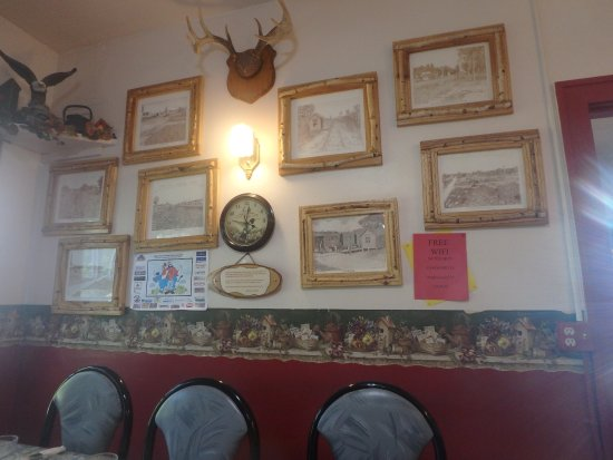 Effie, MN: Some of the decorations in the cafe