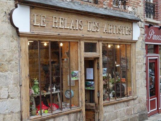 Veules-les-Roses, France: Façade