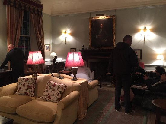 The Grange Hotel: The sitting room