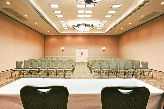Crystal Lake, IL: Meeting and Banquet Room