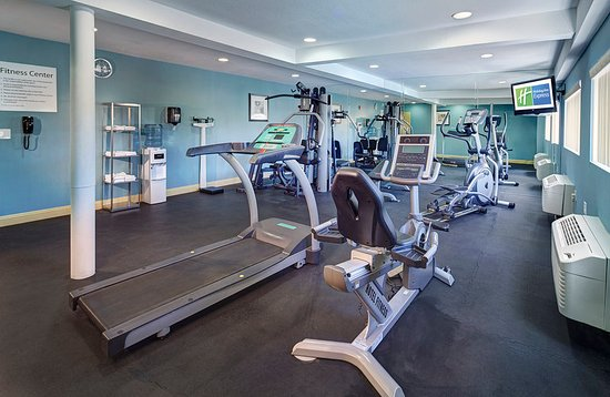 National City, CA: Work up a sweat at our hotel's on-site fitness center.