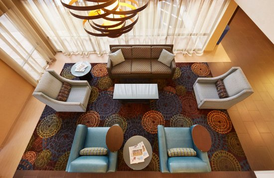 National City, CA: Experience this 100% smoke-free San Diego hotel.