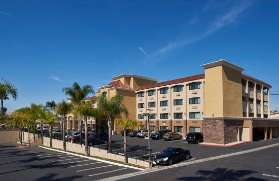 National City, CA: We are an interior corridor hotel.