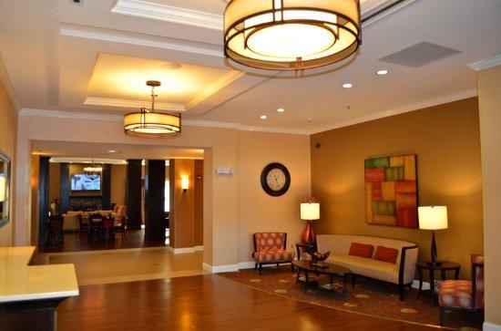 Smithfield, NC: Lobby Sitting Area