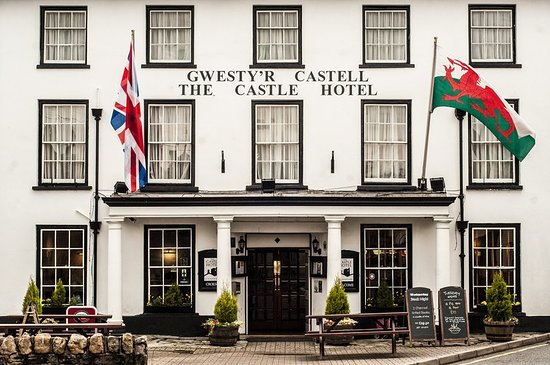 Llandovery, UK: Hotel Entrance