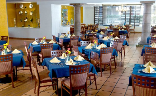 Camino real el paso updated 2017 prices hotel reviews for Azulejos restaurante