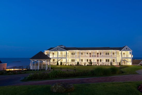 Westbrook, CT: Accommodations Villas By The Sea