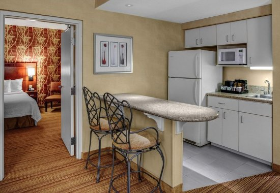High Point, Karolina Północna: King Suite Kitchen Area
