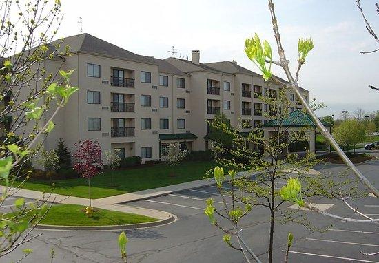 Courtyard Detroit Pontiac/Auburn Hills: Exterior