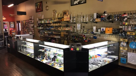 Massillon, OH: Souzza Store front counter.