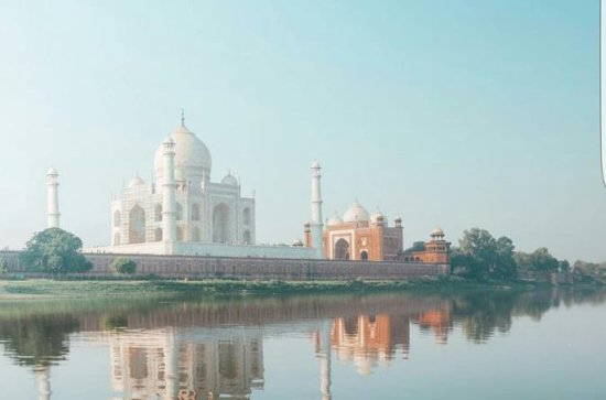 Visit Taj Mahal from Delhi by Car