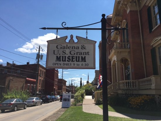 Galena, IL: Front door of the museum