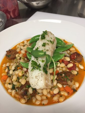 St. Paul, Canadá: Chorizo Cod dish - promoting local Alberta beans and spicy chorizo