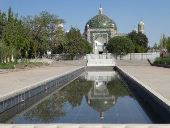 Abakh Hoja Tomb: The mausoleum