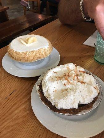 Leoda's Kitchen and Pie Shop: photo0.jpg