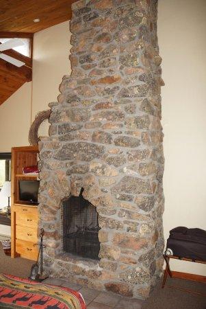 Spring Creek Ranch: la superbe cheminée