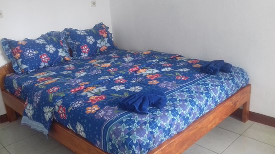 Moni, Indonesia: Mahoni guest house room