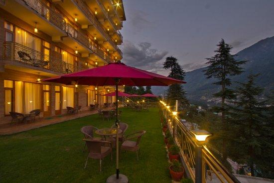 Holiday Heights & Spa Manali