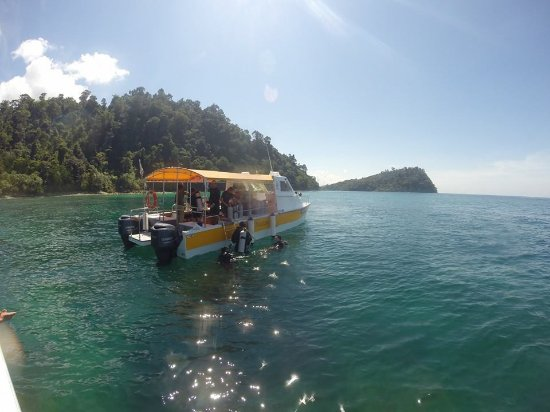 多彩婆罗洲潜水中心