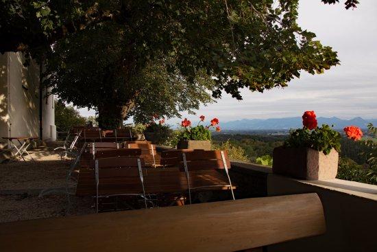 Feldkirchen, Alemania: Terrasse mit Blick auf die Alpen