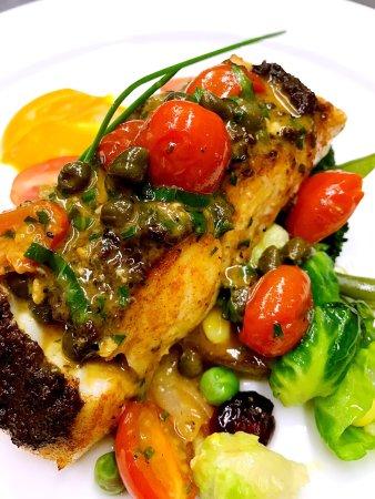 Port Moody, Kanada: Henry's Kitchen Pasta & Grill