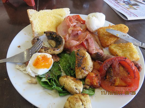 Warwick, Australia: My Big Breakfast, just what the Doctor ordered after a hard drive.