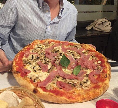 Pizzeria Calabria Scalea: photo0.jpg